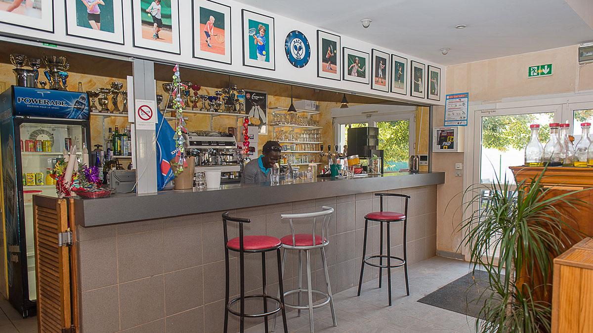 Restaurant maisons alfort tennis club matc for Bar belge maison alfort