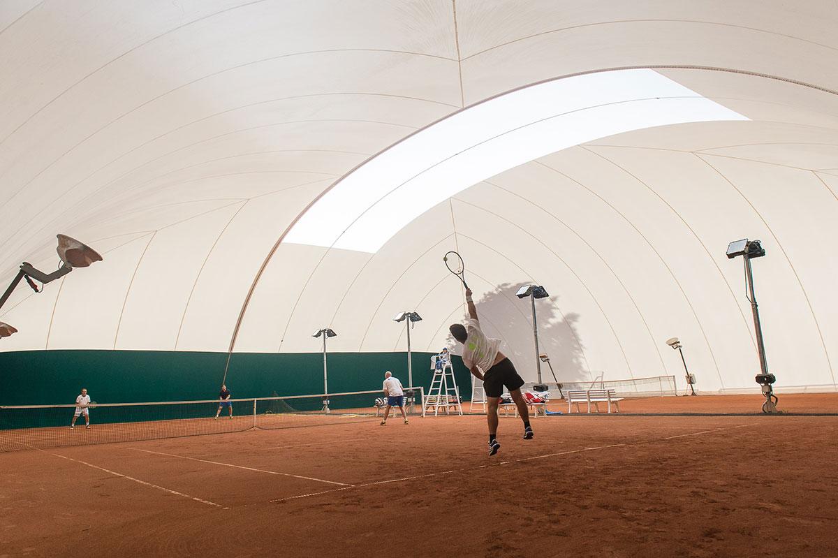 Maisons alfort tennis club terrains bulles maisons for 7 avenue du general de gaulle maison alfort